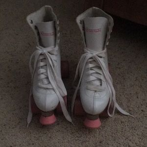 White roller skates with pink wheels :)